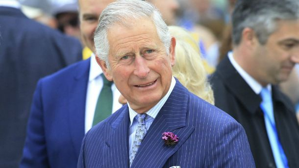 El Príncipe Carlos aparecería en la nueva película de James Bond
