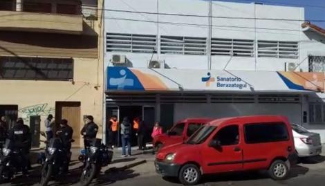 Nueva denuncia contra la clínica de Berazategui: una mujer murió tras ser operada por una hernia inguinal