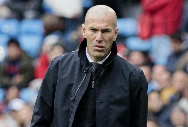 Zidane vuelve a prescindir de Bale y James Rodríguez