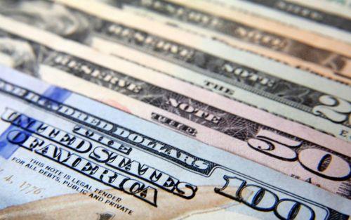 A tres días de las PASO, el dólar abre estable
