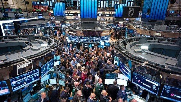 Última rueda antes de las PASO: la Bolsa subió 7,8% y el riesgo país cayó 4% a 860