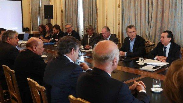 Empresarios desmienten haber pedido que Mauricio Macri resigne su candidatura y apoye a Lavagna