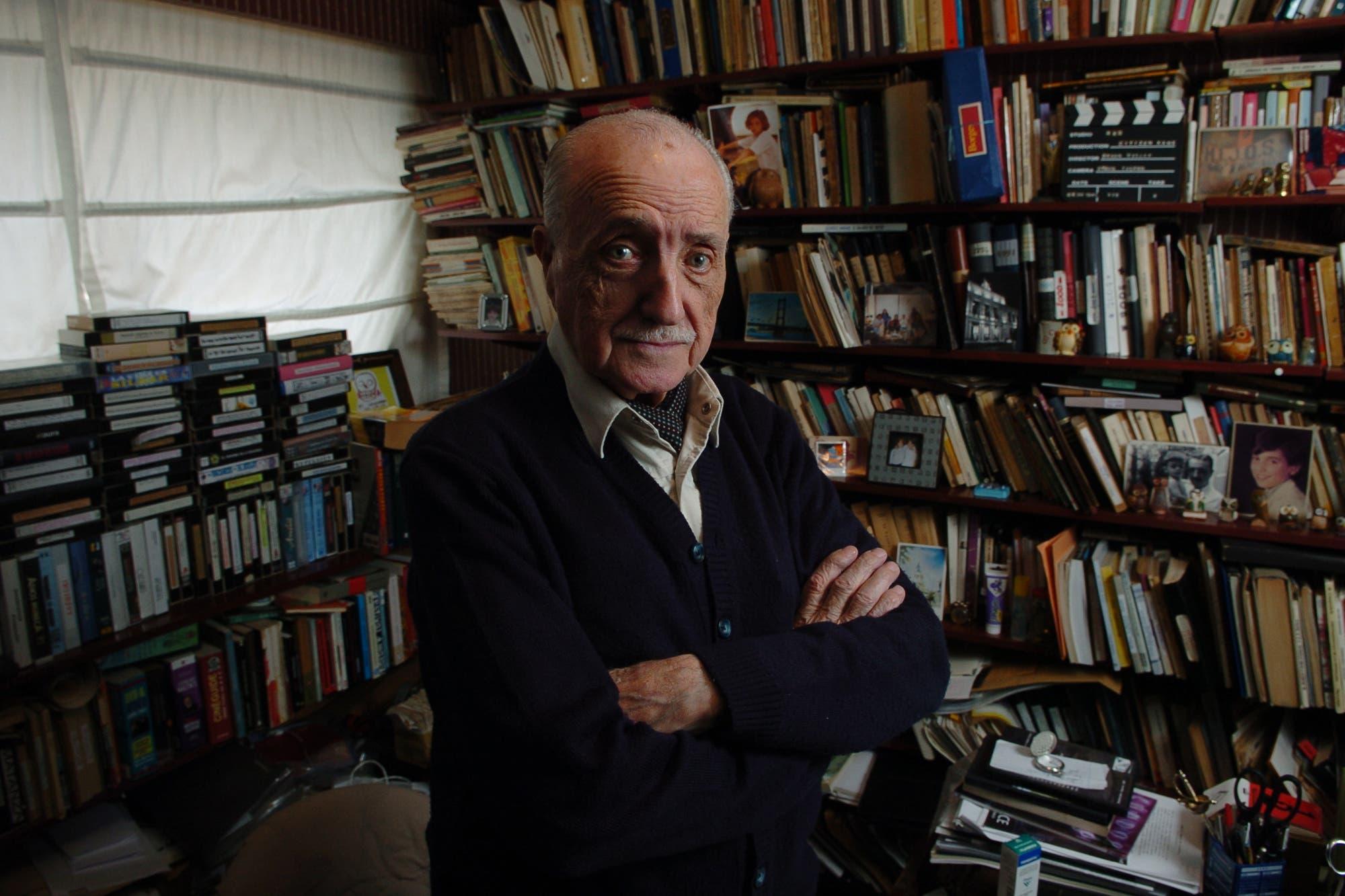 Murió el cineasta José Martínez Suárez