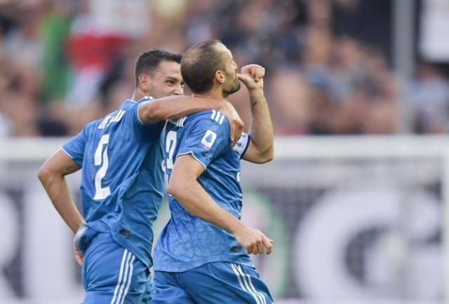 Juventus inició su camino con victoria