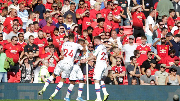 Manchester United sufrió una derrota histórica en la Premier League