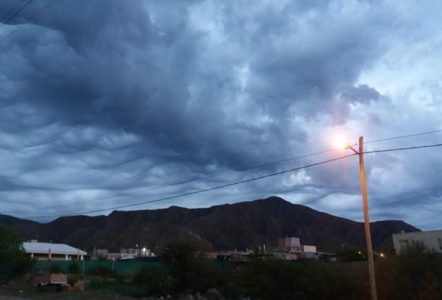Pronóstico: baja la temperatura y podría llover