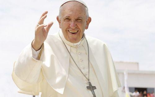 """Papa Francisco: """"Hay políticos que son insultados, alguno se lo merece"""""""