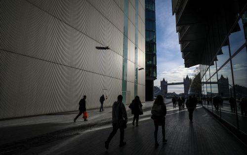 """Banco Mundial pronostica crecimiento global lento y """"recesión sustancial"""" en Argentina"""