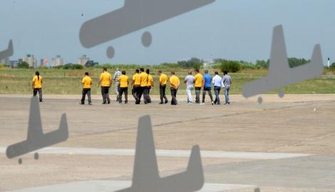 """El Gobierno advirtió que si la Justicia cierra el aeropuerto de El Palomar """"se perderán 900 puestos de trabajo"""""""