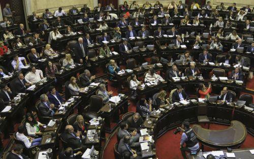 """Corrupción y candidaturas: diputados defienden el proyecto de """"ficha limpia"""" antes de que caiga el dictamen"""
