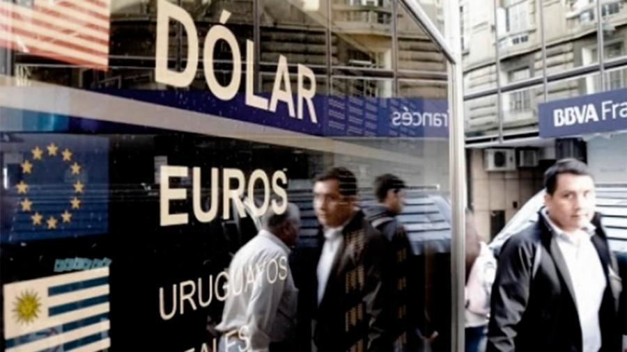 El dólar cotiza sin cambios a $ 62,75 en el Banco Nación