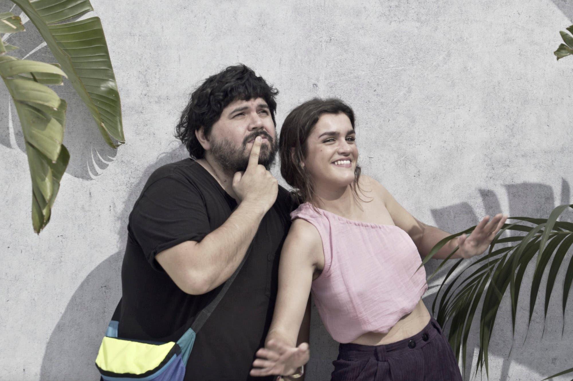 """La bella y la """"bestia"""": la increíble historia que une a Amaia, una estrella pop, con Santiago, emblema del indie-rock"""