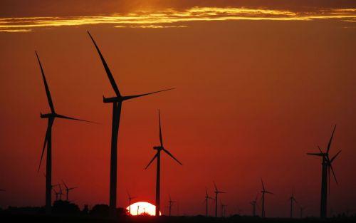 La velocidad del viento aumenta e impulsa las energías renovables