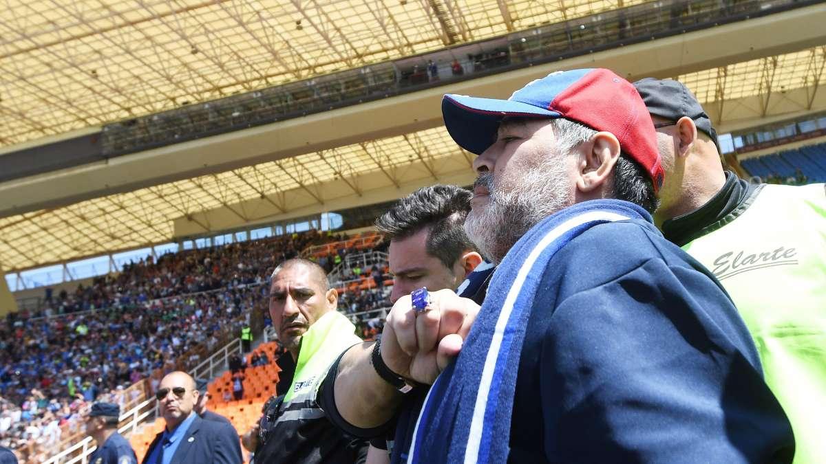 ¿Qué dirá Rocío Oliva? El Tomba descartó la posiblidad de sumar a Diego Maradona