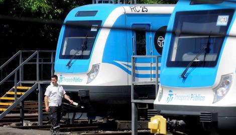 Anunciaron un paro de 24 horas en el tren Sarmiento desde la medianoche