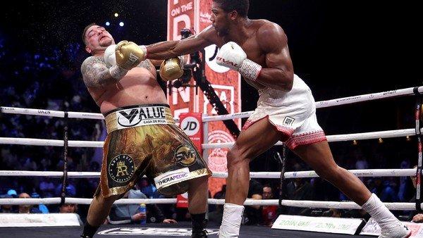 Anthony Joshua no le dio respiro a Andy Ruiz y recuperó el título mundial de los pesados