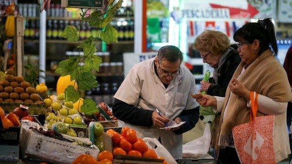 Por el alza de frutas y carne, en noviembre  la inflación porteña fue del 4%