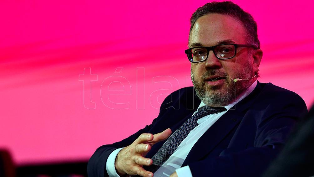 """Kulfas propuso poner en marcha """"una estrategia exportadora con mirada en las cadenas de valor"""""""