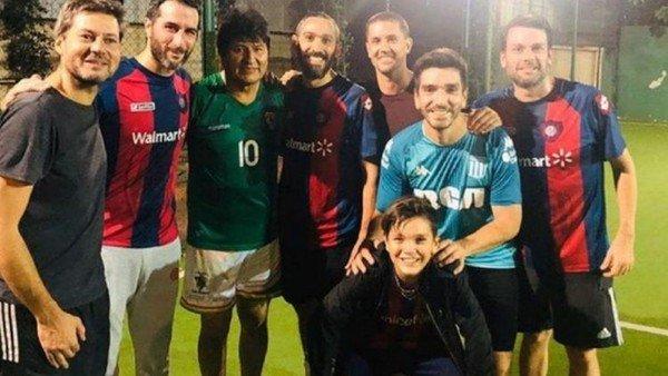 Evo Morales jugó al fútbol con Matías Lammens, el ministro de Deportes de Alberto Fernández