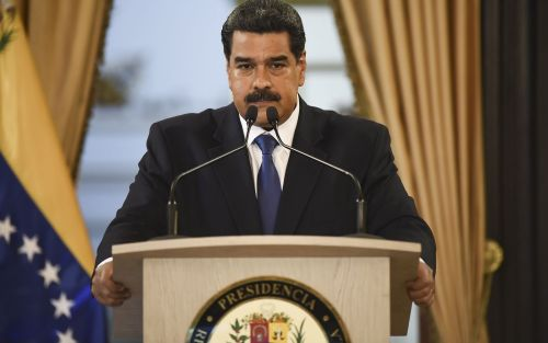 Nicolás Maduro propone inusual acuerdo de petróleo por deuda