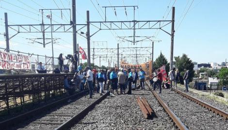 Levantaron el corte de vías de la línea Roca y se restableció el servicio después de 4 horas