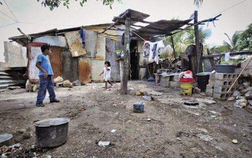 Para no ser pobre, una familia tipo necesitó $45.478
