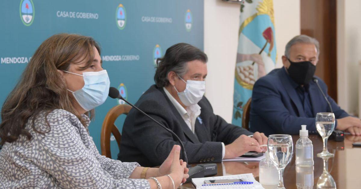 """Mendoza a """"fase 1"""" por dos días: prohíben la circulación desde el domingo hasta el martes"""
