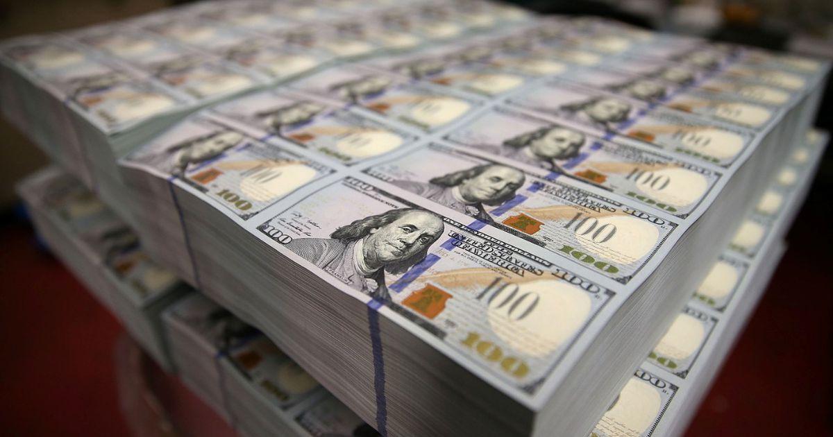 """El dólar, el """"supercepo"""" y tu bolsillo: tres especialistas anticipan lo que viene"""