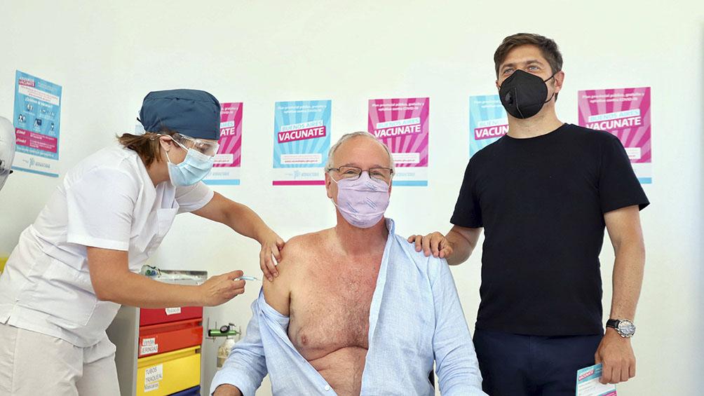 gollan-es-el-primer-mayor-de-60-anos-en-aplicarse-la-vacuna-contra-el-coronavirus