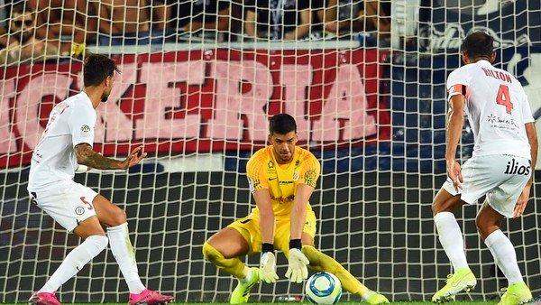 europa-league:-el-blooper-de-un-arquero-argentino-que-hizo-sufrir-al-villarreal