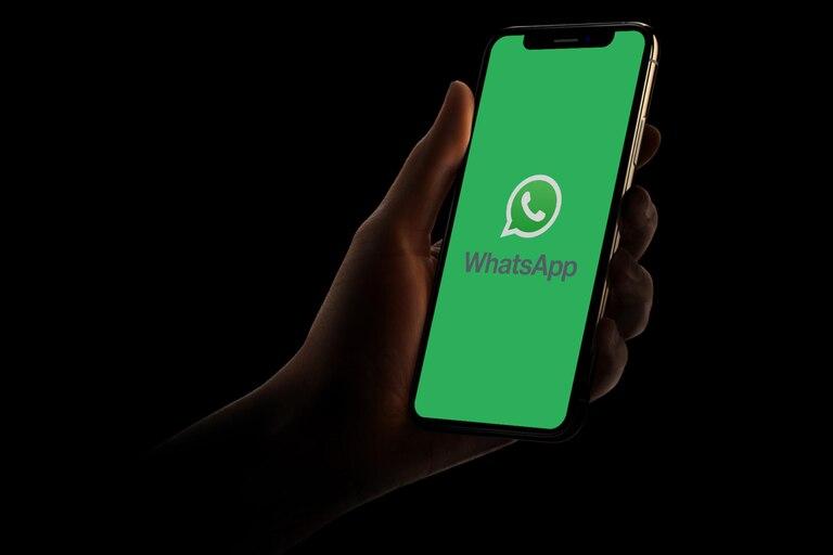 ¿como-gana-dinero-whatsapp-si-su-servicio-es-gratis-para-la-mayoria-de-los-usuarios?