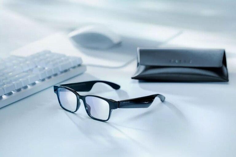 anzu:-asi-son-los-anteojos-conectados-de-razer-con-auriculares-bluetooth