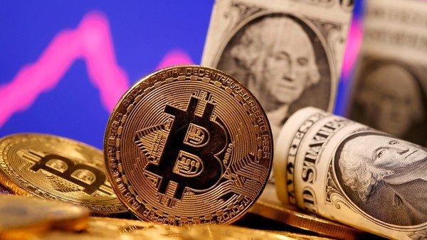 aunque-nadie-le-conoce-la-cara,-el-creador-del-bitcoin-ya-es-una-de-las-20-personas-mas-ricas-del-mundo