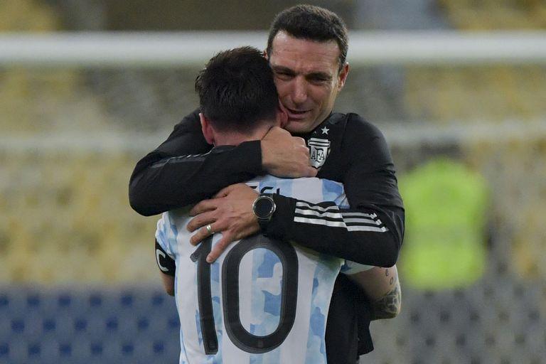 argentina,-campeon:-scaloni-revelo-un-detalle-desconocido-de-messi-en-la-semifinal-y-la-final-de-la-copa-america