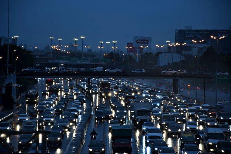 estatizacion-de-autopistas:-mantener-los-peajes,-el-verdadero-objetivo-de-facundo-moyano